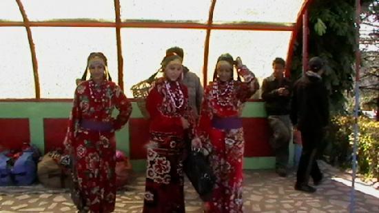 Darjeeling's maruni dancers