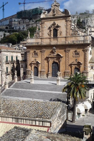 Модика, Италия: Modica - 250 steps to church