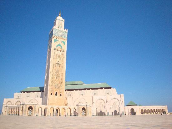 II. Hasan Camii: ハッサンⅡモスク