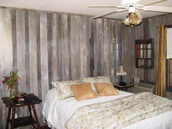 "Gruene Cottages: The ""Sage"" Guestroom"