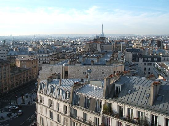 Mercure Paris Montmartre Sacre Coeur: View from hotel room
