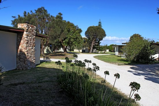 The Flinders Island Cabin Park & Car Hire is set on 2.5 acres