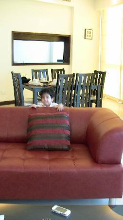 Serene Landmark Tower: My Kid in Setting Area