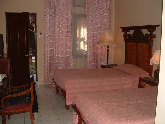 Candidasa Beach Hotel