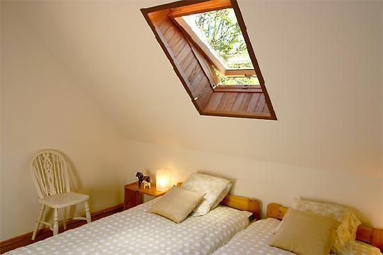 La Source Loubetas : Bedroom 3 in the Barn - Chambre 3 de la Grange