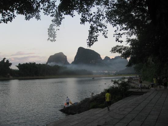 Lisa's Mountian View Hotel: Li River