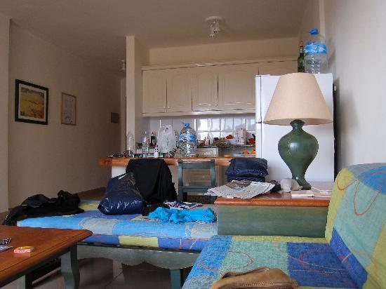 Baja del Secreto Apartamentos: Living Room