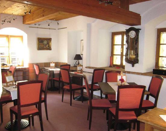 Romantik Hotel U Raka: Breakfast Room