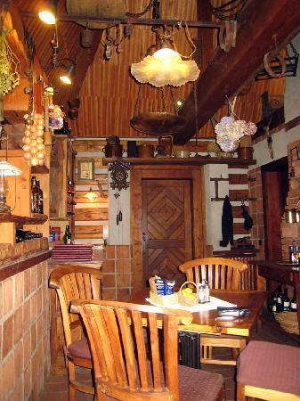 Romantik Hotel U Raka: Snack Cafe