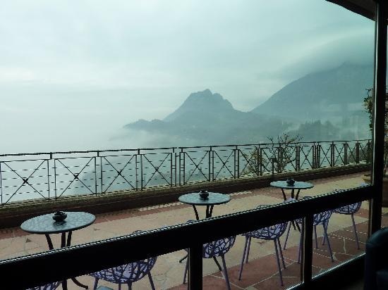 Lefay Resort & Spa Lago di Garda : Le paysage dans les nuages