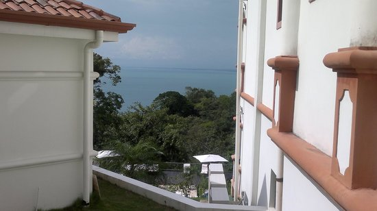 Shana By The Beach, Hotel Residence & Spa : view from the hotel