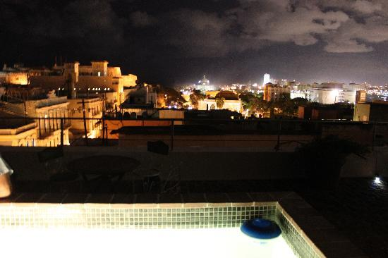 Da House Hotel: View from rooftop at night