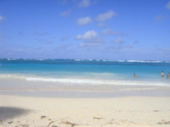 Hotel Riu Naiboa: beach