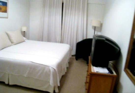 Loi Suites Arenales Hotel: Room