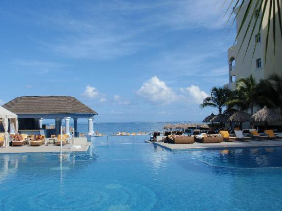 Iberostar Grand Hotel Rose Hall: Pools
