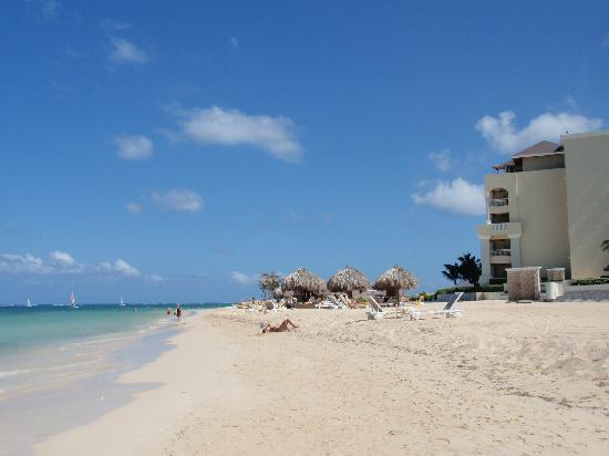 Iberostar Grand Hotel Rose Hall: Beach