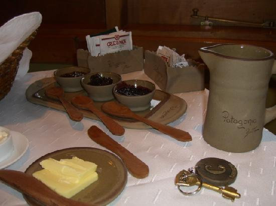 Pequeno Hotel del Maiten : Breakfast Pataginico