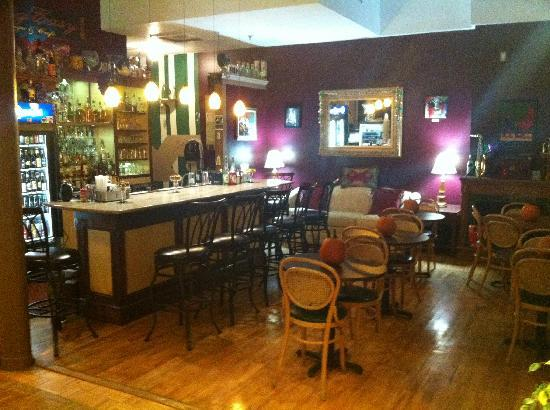 The Charles Inn: 'The Big Easy' hotel bar