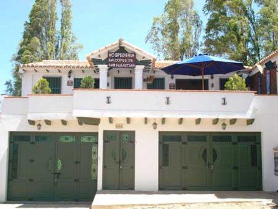 Hospederia Balcones De San Sebastian: Frente de Balcones de San Sebastian