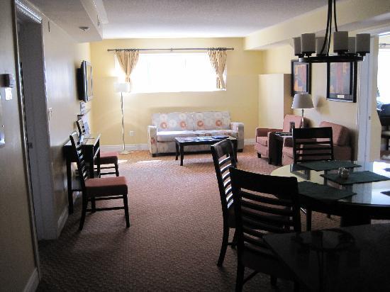 Living Stone Golf Resort: Living room
