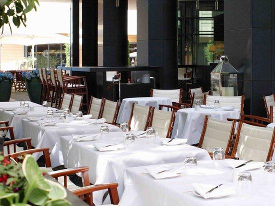 Terrasse Vox Restaurant