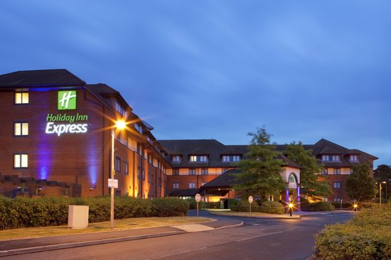 Holiday Inn Express Birmingham NEC: Front of Hotel