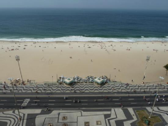 Arena Copacabana Hotel: View directly in front of Arena Hotel
