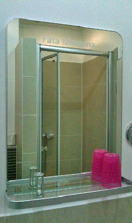 Hotel Sandmanns: Sandmanns - bathroom