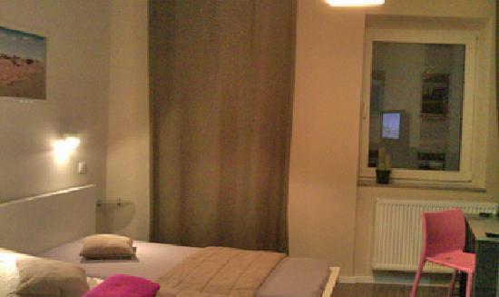 Hotel Sandmanns: Sandmanns - room