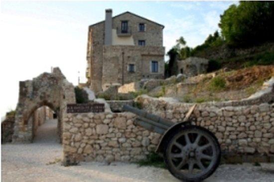 San Pietro Infine, Italie : FACCIATA PRINCIPALE DELL'HOTEL
