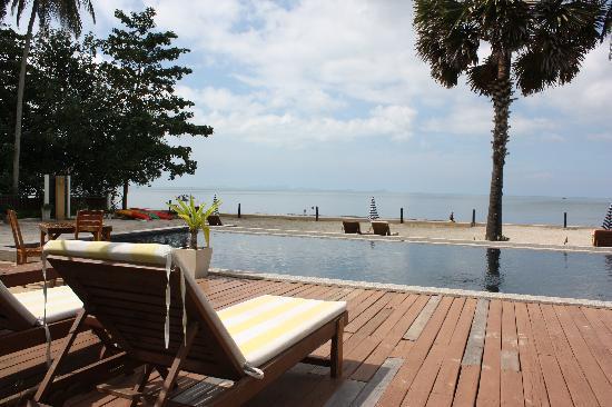 The Beach Boutique Resort: Blick beim frühstücken