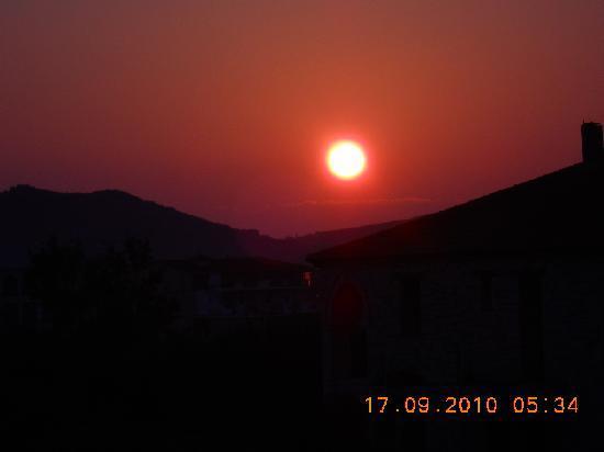 Αλυκές, Ελλάδα: Sunrise over Alykes