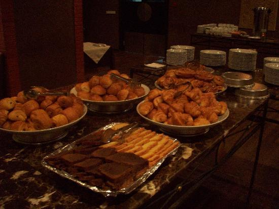 Zalagh Kasbah Hotel and Spa : Hotel buffet