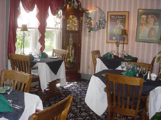 Jenkins Inn & Restaurant: fine dining at the Inn