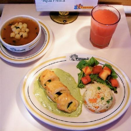 Panama : Lunch at the Pabana