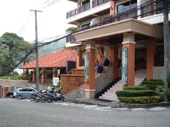 Sun Hill Hotel: Aufgang zur Rezeption