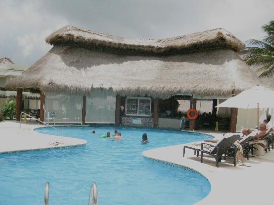 Azul Beach Hotel Pool Swim Up Bar