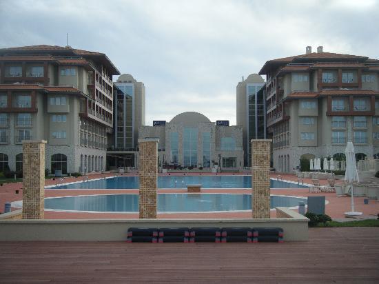 Radisson Blu Resort & Spa, Cesme : View from beach to hotel