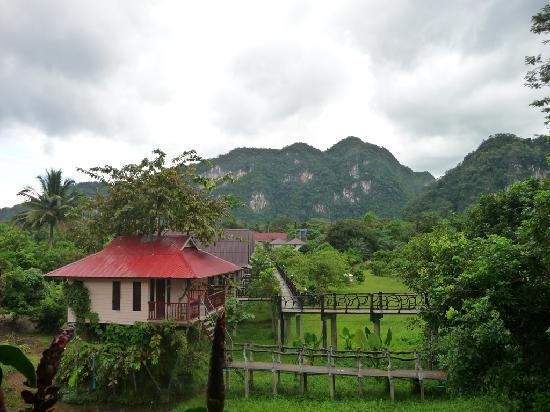Khao Sok Smiley Bungalow: smiely