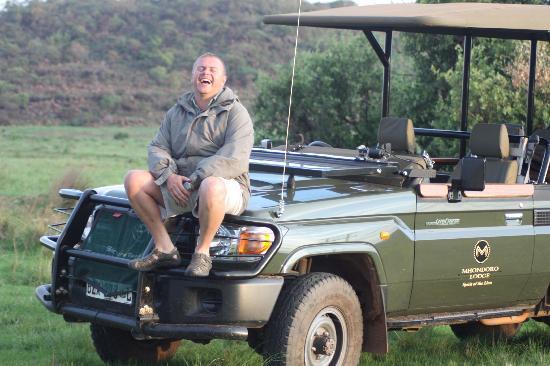 Mhondoro Game Lodge: Leon...always happy and always so enthusiastic!