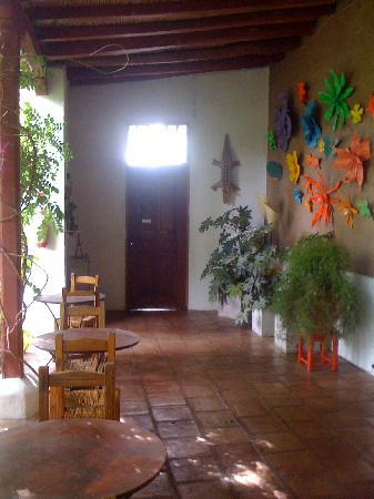 Parador del Angel: entry way