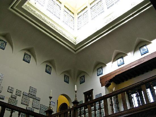 Museum Lambert van Meerten : Center of home, lots of tile