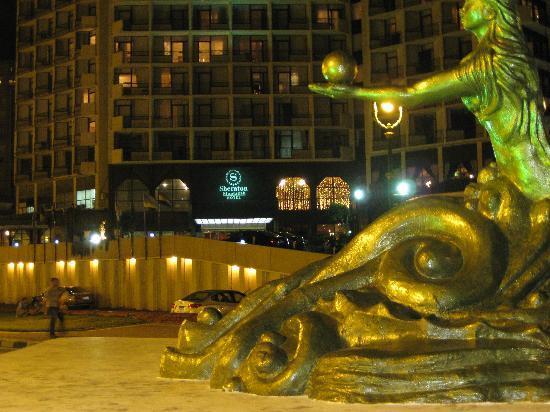 Sheraton Montazah Hotel: Across the road from the Sheraton
