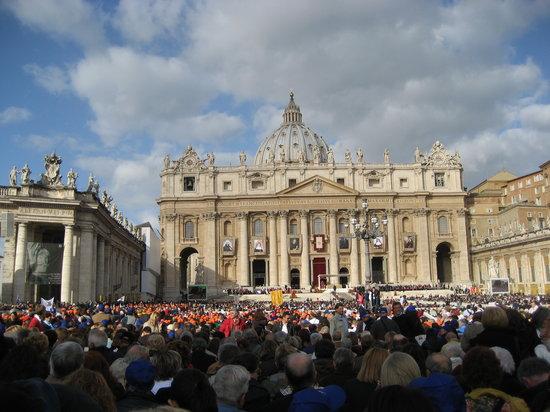 Kritios Tours : Canonization 2010
