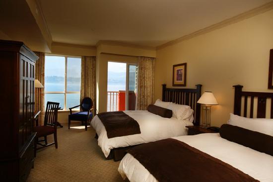 Manteo Resort - Waterfront Hotel & Villas: Deluxe Guestroom