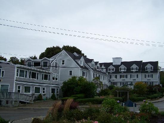 The Inn at Scituate Harbor: Harbor side of the Inn