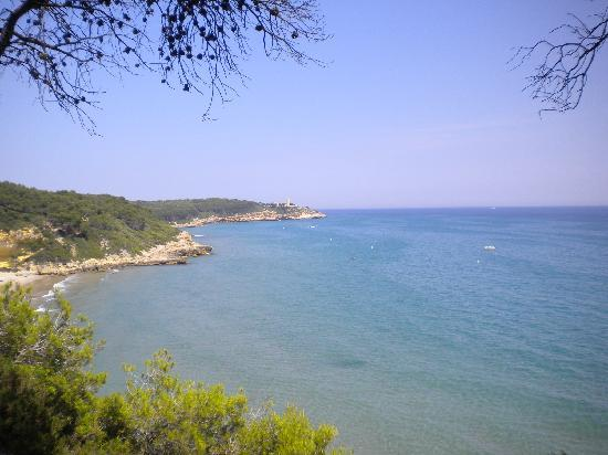 Tarragone, Espagne : A view of the Mediterranean from the nature reserve