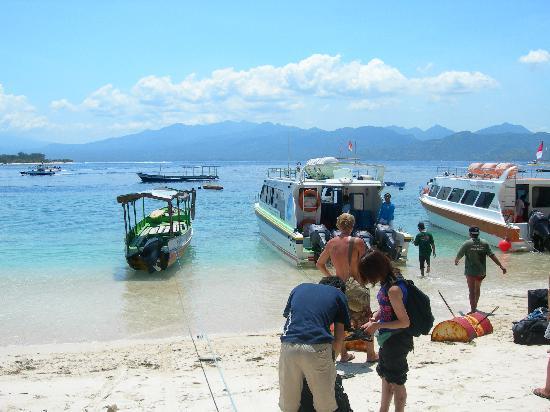 Gili Islands: arrival