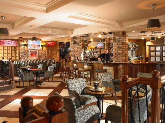 Kayne's Bar & Bistro: Kayne's Bar