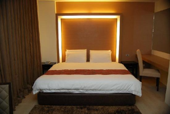 The Ritz Hotel At Garden Oases: Newly Built rooms